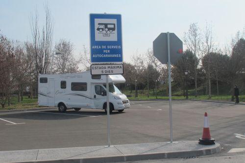 Nova àrea per a autocaravanes al pg. Fluvial