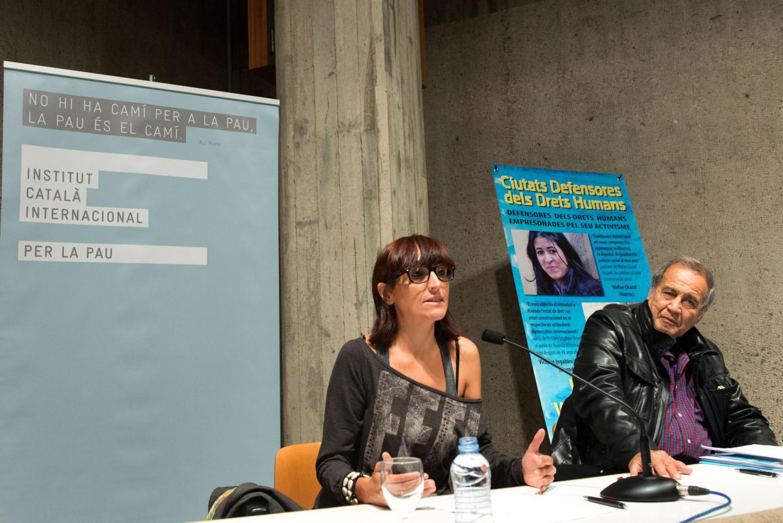Els activistes Helena Maleno i Pedro Pantoja van explicar la seva tasca a favor dels drets humans, concretament, de les persones migrants i desplaçades en zona de frontera